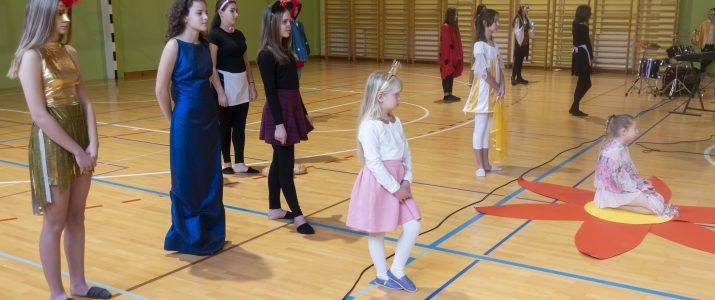 Ob slovenskem kulturnem prazniku – Pravljice še živijo